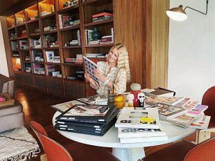 Claudia Schiffer zorgt voor een flitsende foto-expositie